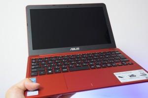 3万円で980gのノートPC『ASUS EeeBook X205TA』とライバルの『HP Stream 11』をスペック比較してみた