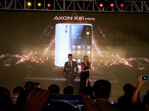 ZTE「AXON mini」が日本発売!3Dタッチ対応版アリ!スペックまとめ