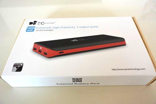 EC Technology『16000mAh モバイルバッテリー』リーズナブル+大容量+3ポート出力が便利すぎる