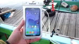 『Inateck IPX8対応スマホ防水ケース ODB001』を試す! 非防水スマホでも1000円未満で釣りとか水場でも安心できる一品