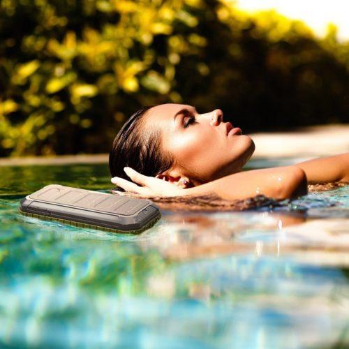 【前編】水に浮く『Omaker M5完全防水Bluetoothスピーカー』を試す!音質もワンボタンで変えられる優れもの