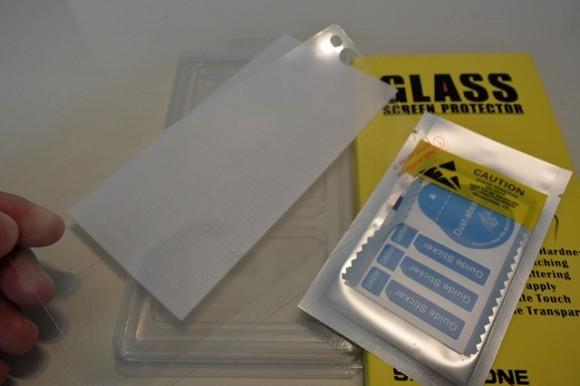 XPERIA C5 Ultraにガラス保護フィルムを貼ってみた