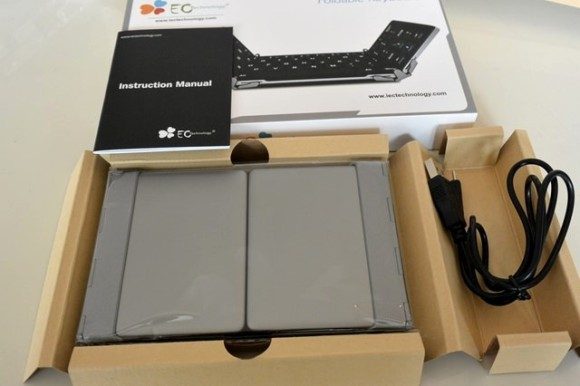 EC Technology Bluetoothの折りたたみキーボード レビュー