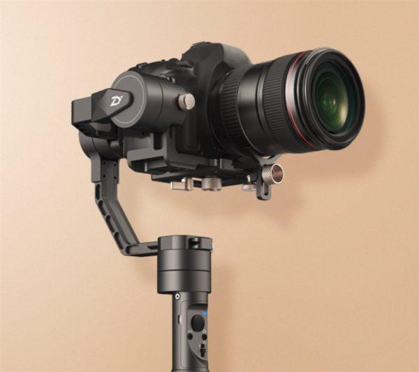 デジタル一眼レフ用電動3軸スタビライザー『ZHIYUN Crane Plus』発売! TOMTOPで輸入すると安い