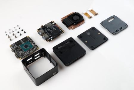 世界最小クラスのミニPC「LarkBox」の内部が公開~超小型ボディに全てを入れ込んだ秘密が分かる :PR
