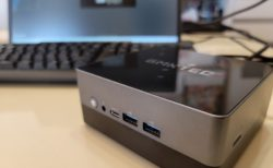 【レビュー】第8世代のCore i5 8279U CPU搭載ミニPC「GMK NucBox2」は12cm角なのに多数ポートとメモリ増設も可能でパワフル&ハイコスパ